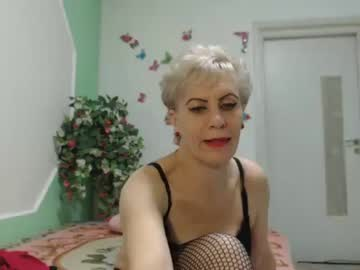 00cleopatra record public show video from Chaturbate