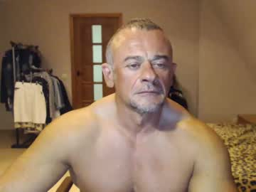 artoriuskastus video from Chaturbate.com
