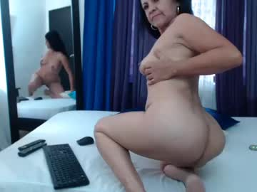 katiehotx public webcam video from Chaturbate