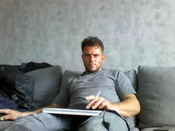 roy35bi premium show video from Chaturbate.com