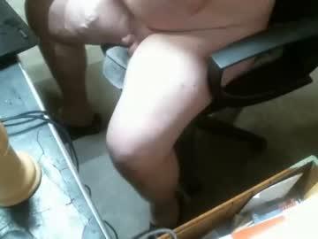 kinkymale19751234 cam video from Chaturbate.com