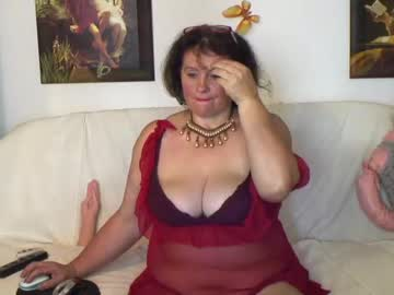 berryshickx record blowjob video from Chaturbate.com