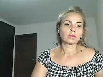 00yourmilf webcam show from Chaturbate.com