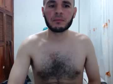 mack_disel show with toys from Chaturbate.com