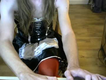sissycd30 blowjob show from Chaturbate.com