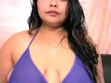 indianivy2 record premium show video from Chaturbate.com