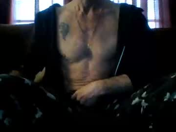 dave19832 chaturbate show with cum