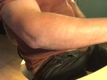londoner_with_skin public show from Chaturbate.com