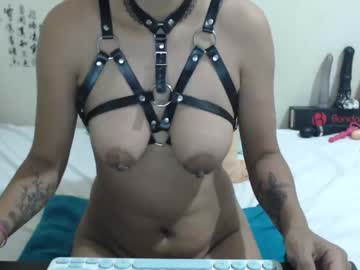yazminsweet private show video from Chaturbate.com