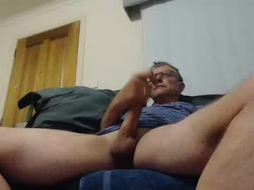 aussiemalet webcam video from Chaturbate