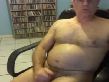 goodfellaoncb public show from Chaturbate.com