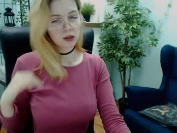 lilly_nightdancer private sex video from Chaturbate.com