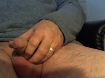 hornyheinz19 blowjob video from Chaturbate.com