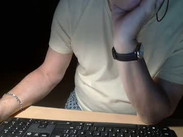nanar021052 webcam show from Chaturbate