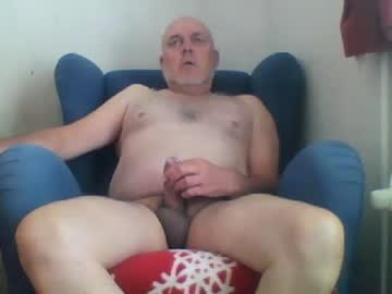 renzoom2 cam show from Chaturbate.com