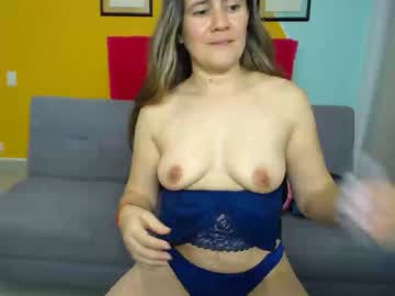 sexyangel40 record webcam video from Chaturbate