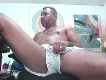 tony_hearthmaster record video with dildo from Chaturbate