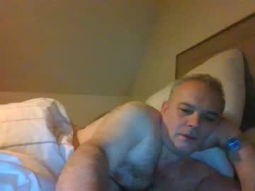 rob118 public webcam from Chaturbate