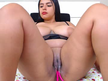anisston_boods public show video from Chaturbate