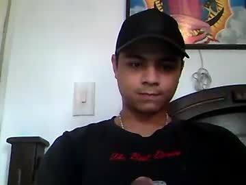 yigoloy_12 webcam show