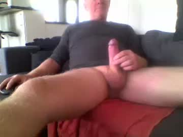 bosse1312 public show video from Chaturbate
