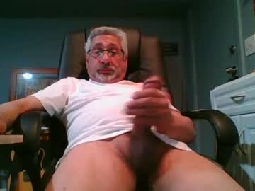lovemydick8 public show video from Chaturbate.com
