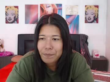 sabrinagirl200 record blowjob video from Chaturbate