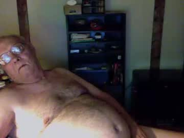 oldjgt public webcam video from Chaturbate.com