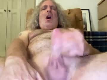 chris40469 chaturbate show with cum
