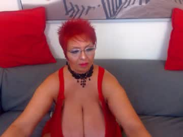 libely record premium show video from Chaturbate