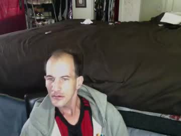 cwlyell318 public show from Chaturbate.com
