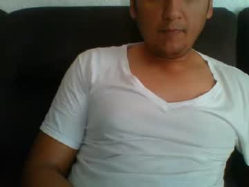 pepinohot show with toys from Chaturbate