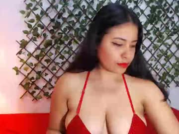 saraylevy webcam show from Chaturbate