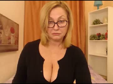 ilariaceto record webcam video from Chaturbate.com