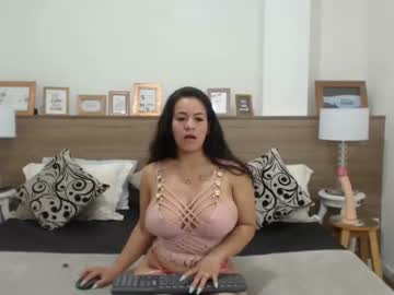 fantasyriver video with toys from Chaturbate