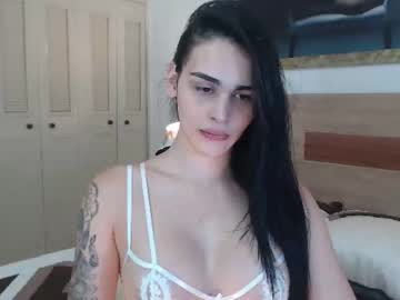 sarithabunny public show video from Chaturbate.com