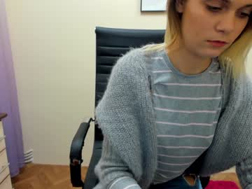 0melisa public show from Chaturbate