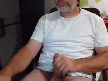 treze31 chaturbate video with toys
