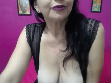 naughty_mom5 chaturbate webcam show