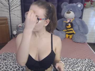 chloejenkin record cam show from Chaturbate.com