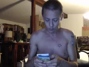 dgoldenrod record webcam video from Chaturbate