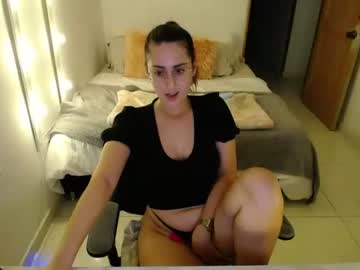 alison_dyy_ record video