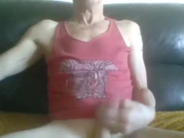trols66 chaturbate video with toys
