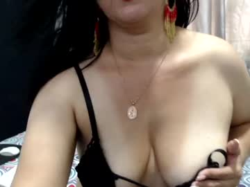 pattygrey show with toys from Chaturbate.com