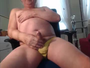 pullmywilly video from Chaturbate
