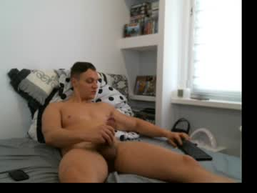 freepit cam show from Chaturbate.com