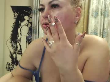 blonda30 record premium show from Chaturbate.com
