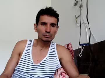 latinxman0011 cam video from Chaturbate.com