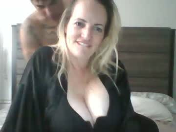 happilymarriedforfun record video from Chaturbate.com