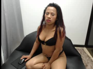 michelleoficial record video with toys from Chaturbate.com